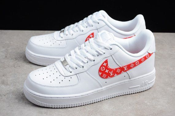 Nike Air Force One Schuhe personalisiert in Nordrhein