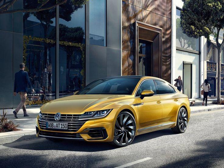 Volkswagen Arteon 2018 : Sous le capot, elle hérite des moteurs 4 cylindres maison, développant 150 à 280 chevaux. Ce dernier sera bien entendu accompagné de série d'une transmission intégrale 4Motion et de la boîte à double embrayage à 7 rapports de référence.