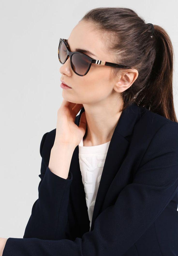 ¡Consigue este tipo de gafas de sol de Burberry ahora! Haz clic para ver los detalles. Envíos gratis a toda España. Burberry Gafas de sol brown: Burberry Gafas de sol brown Premium   | Premium ¡Haz tu pedido   y disfruta de gastos de enví-o gratuitos! (gafas de sol, gafa de sol, sun, sunglasses, sonnenbrille, lentes de sol, lunettes de soleil, occhiali da sole, sol)