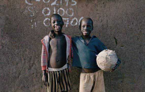 Amén, una historia de amor en imágenes entre los niños africanos y el fútbol #fotografía #deporte #responsabilidad
