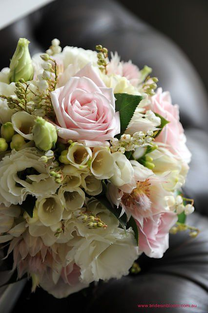 Florist in Rosebery, NSW serving the CBD, South Sydney and the Sydney surburbs
