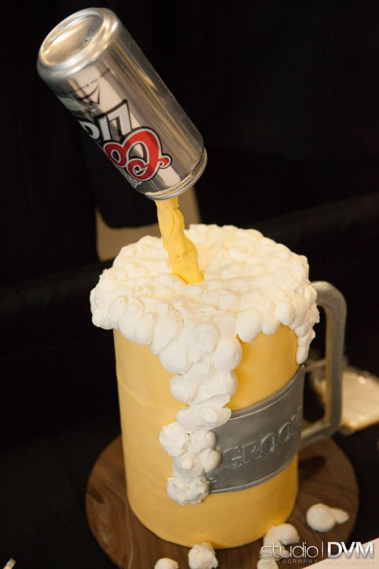 Cool & Creative Beer Grooms cake