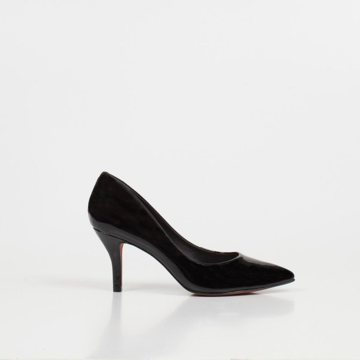 Elegantes Stiletto de cuero - un super must de la nueva colección