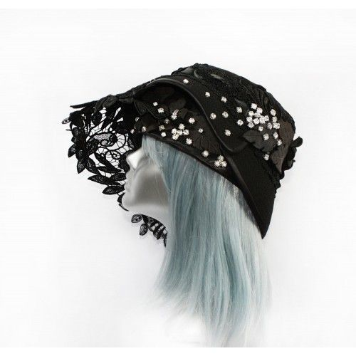 Lace Black Hat #accessories #fashion #headpiece #hat #headdress #hairstyle #wedding #crystal #glamour #chic #millinery #gothic #fantasy #derbyhats #hats #swarovski  #collection #fairy #weddings #look #outfit
