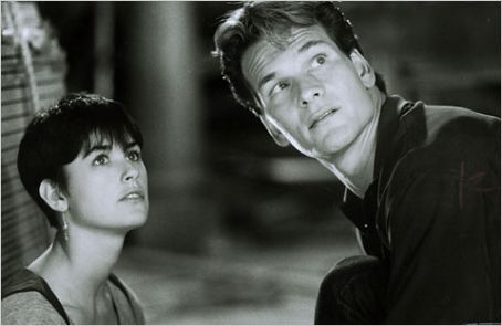 Demi Moore As Molly Jensen And Patrick Swayze As Sam Wheat In Ghost (1990)