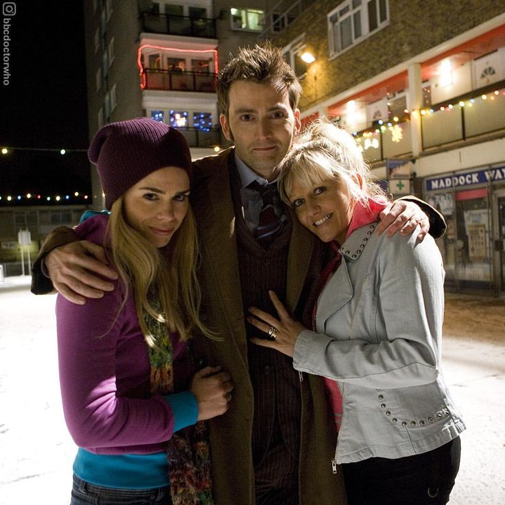 """83.6k Likes, 1,159 Comments - Doctor Who Official (@bbcdoctorwho) on Instagram: """"#FlashbackFriday to this lovely shot of Billie Piper, David Tennant and Camille Coduri. Can you…"""""""