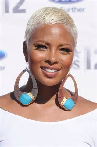 Short Hairstyle Idea for African American Women – Eva Pigford