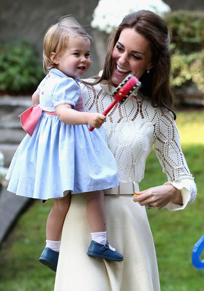 Kate Middleton does demure for George and Charlotte's play date