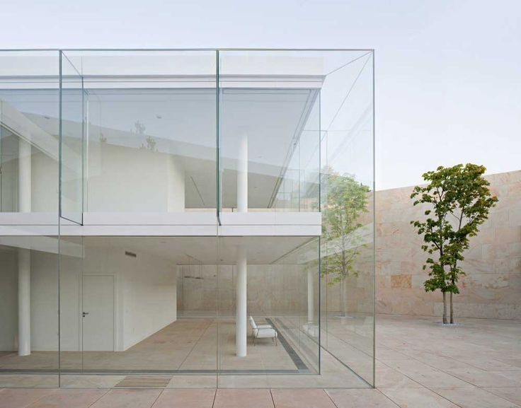 Zamora Offices by Alberto Campo Baeza | http://www.yellowtrace.com.au/buildings-made-of-glass/