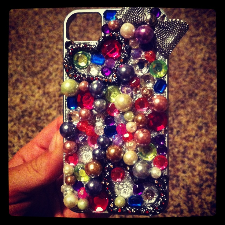 Do it yourself phone case! Homemade by yours truly.
