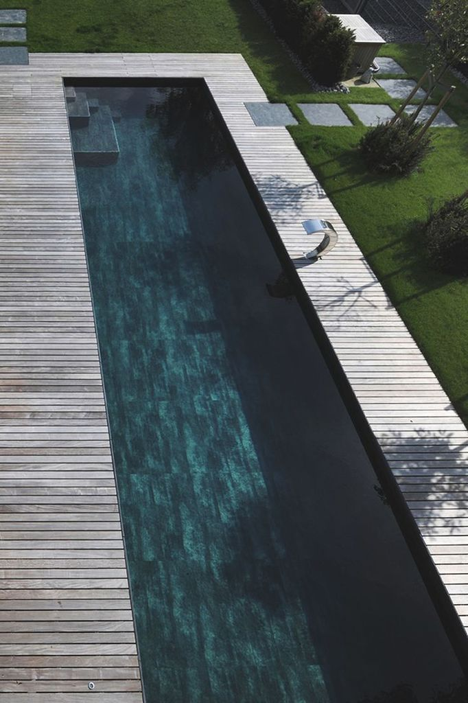 Les 25 meilleures id es de la cat gorie carrelage piscine sur pinterest carrelage exterieur Piscine exterieur photos idees