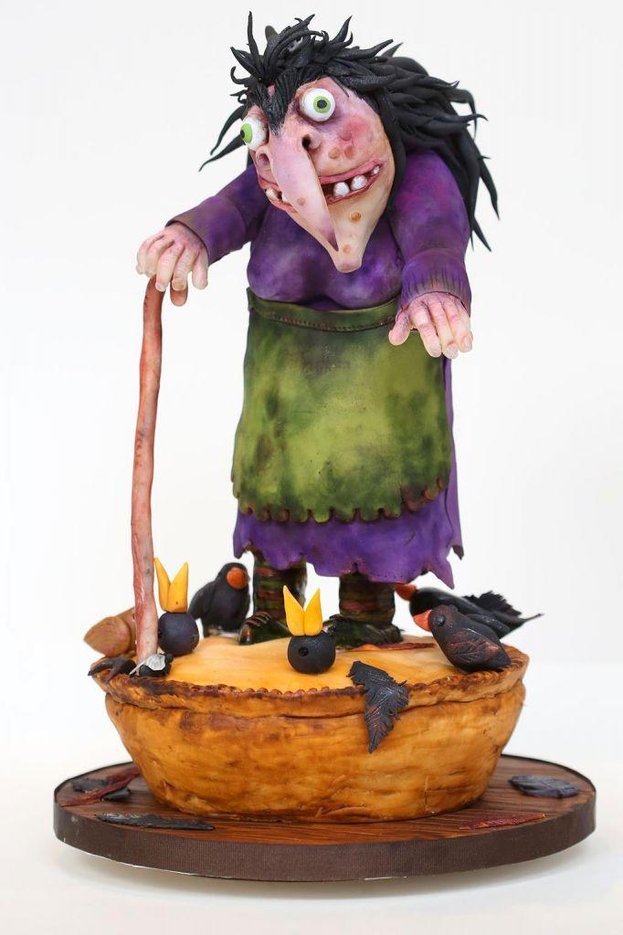 Minimal Halloween Costume Ideas
