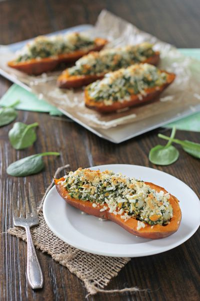 Recipe for spinach and artichoke sweet potato skins. Twice baked sweet potatoes stuffed with spinach and artichoke filling. Finished with a crunchy topping.