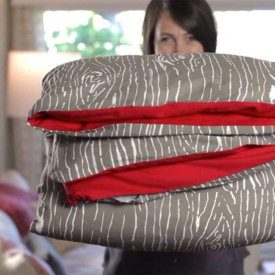 How to sew a duvet cover video tutorial by lia griffith | Project | Sewing | Home Decor / Kids & Baby | Blankets & Afghans | Kollabora