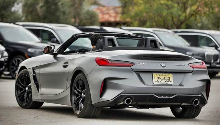 2019 Bmw Z4 Sdrive30i Roadster Review Auto And Price Is A Website That Provides Information About The Latest Car News Car Rumors And Al Bmw Z4 Bmw Bmw Wagon