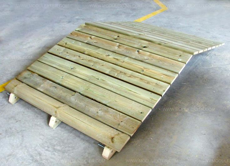 Pasarela de madera articulada Vista 2