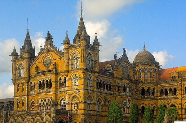 Victoria Terminus suburban railway station, Mumbai. This heritage building was built in 1887 and looks more of an old castle than a railway station. It has been renamed to Chatrapati Shivaji Terminus. (Image source: Anindo Ghosh)