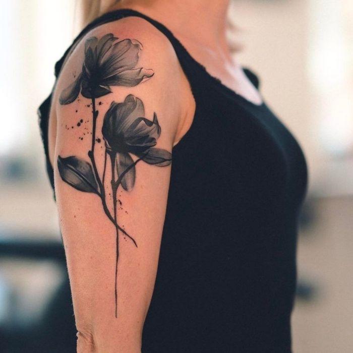 Tattoos frauen für oberarm schöne Tattoo am