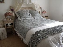 54 best images about linge de maison charme ancien on pinterest taupe shabby and tulle. Black Bedroom Furniture Sets. Home Design Ideas