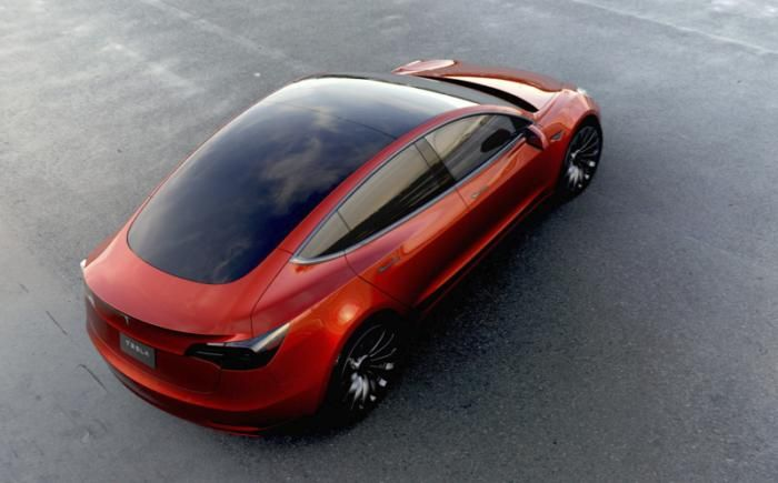 Tesla likely to add solar power roofs to cars