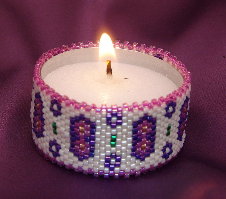 Free Patterns Beaded Light Projects | touch of Spring to your home anytime with this flowered tea light ...