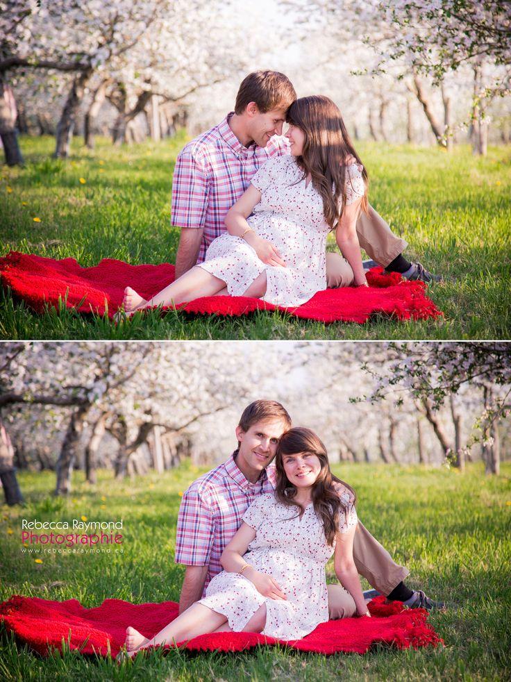 pregnancy photography - maternity photoshoot poses ideas - orchard photos - couple pose maternity idea