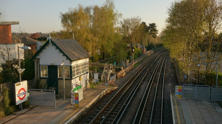 Woodside Park Station North Finchley