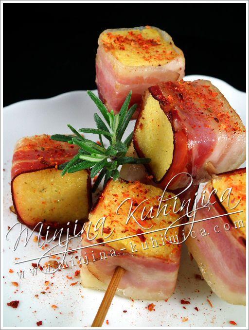 Kukuruzne kocke sa slaninom – Cubetti di polenta con la pancetta – Palenta bacon…