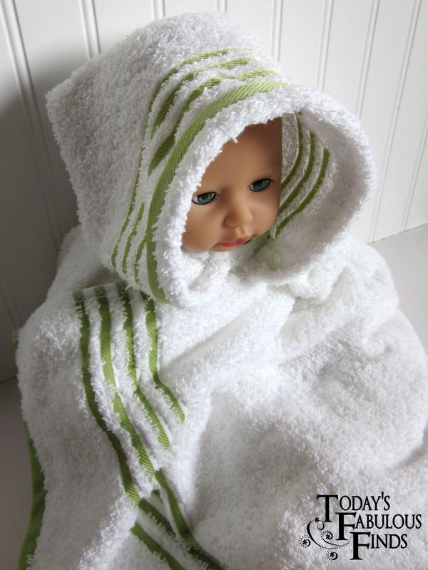 Hooded Bath Towel Tutorial. has pleats for a better fit