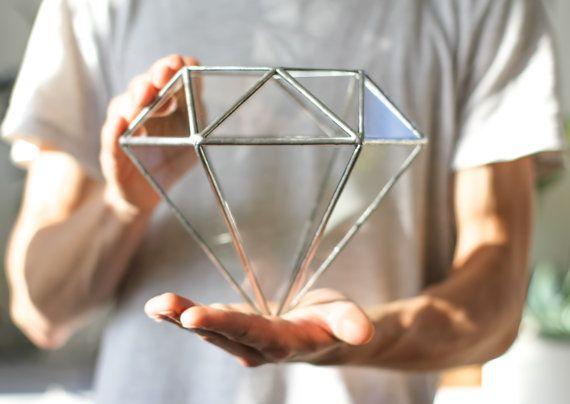 Will My Diamond Ring Scratch My Glassware