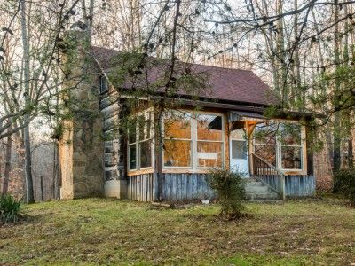 17 best images about brown county lodgings on pinterest for Ponte coperto cabina brown county