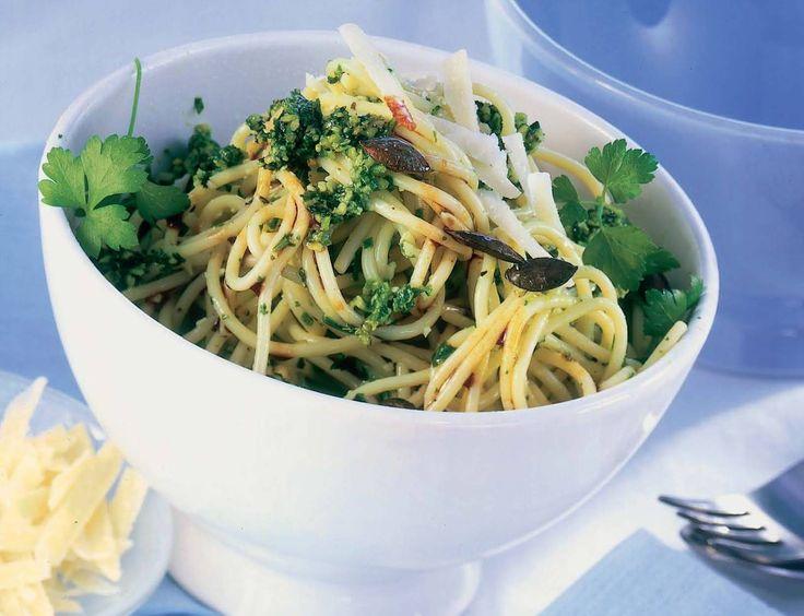 Spaghetti con pesto ai semi di zucca