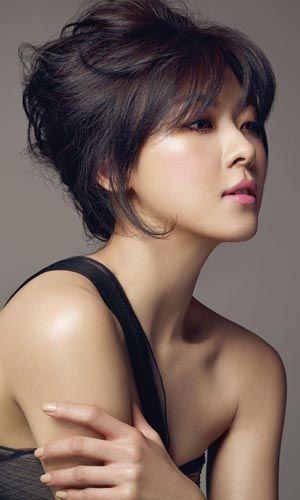 Ha Ji Won - Hallyu Top 10 04.08.2013 (King 2 Hearts, Secret Garden)