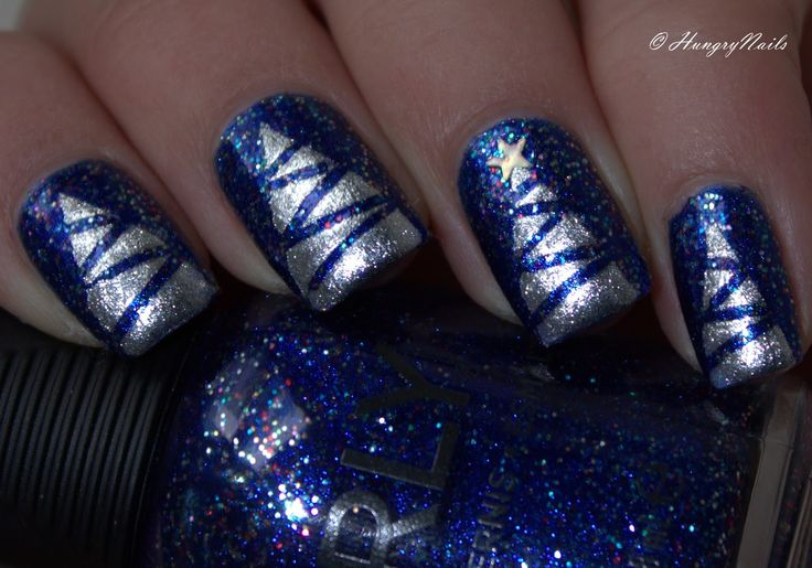 Blue and silver Christmas Mani
