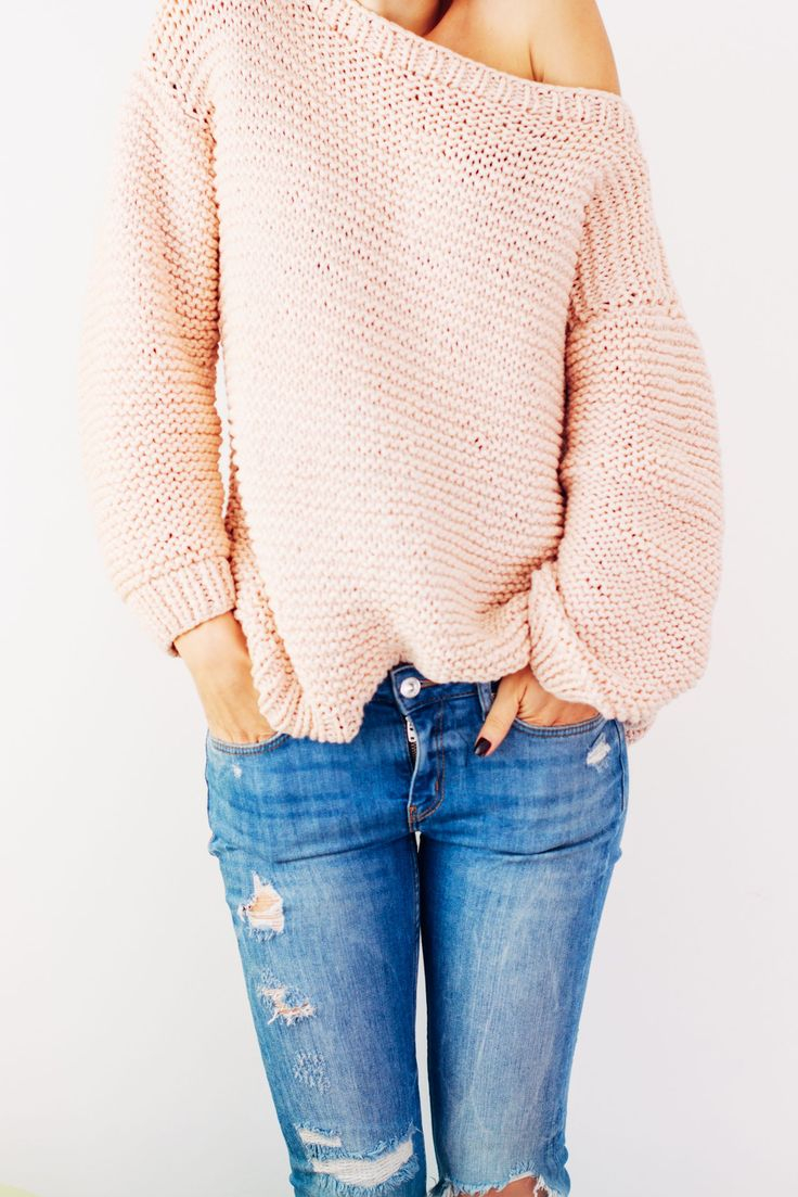 Oversize knitted sweater_ FREE PATTERN