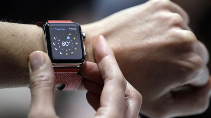 UK Cabinet Bans the Apple Watch Because the British Are Obsessed With Surveillance