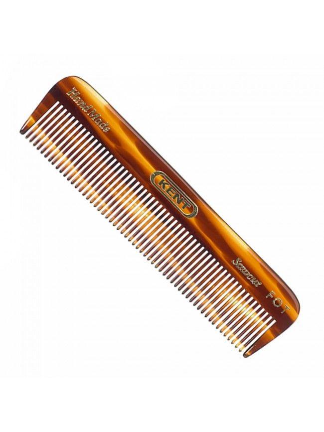 """El peine para barba """"Kent F0T"""" está hecho a mano con los mejores materiales, pulidos con mimo para evitar aristas, de esta forma te aseguras un peinado perfecto sin abrir las puntas y romper el pelo de la barba en el que ponemos tanto esmero en cuidar."""