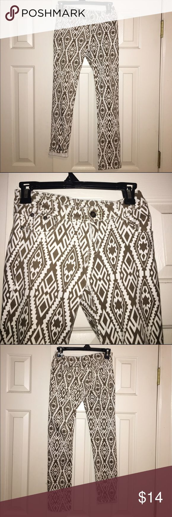 Hengsheng Small Aztec jeans New with tag! Adorable small khaki brownish gold aztec jeans! hengsheng Jeans