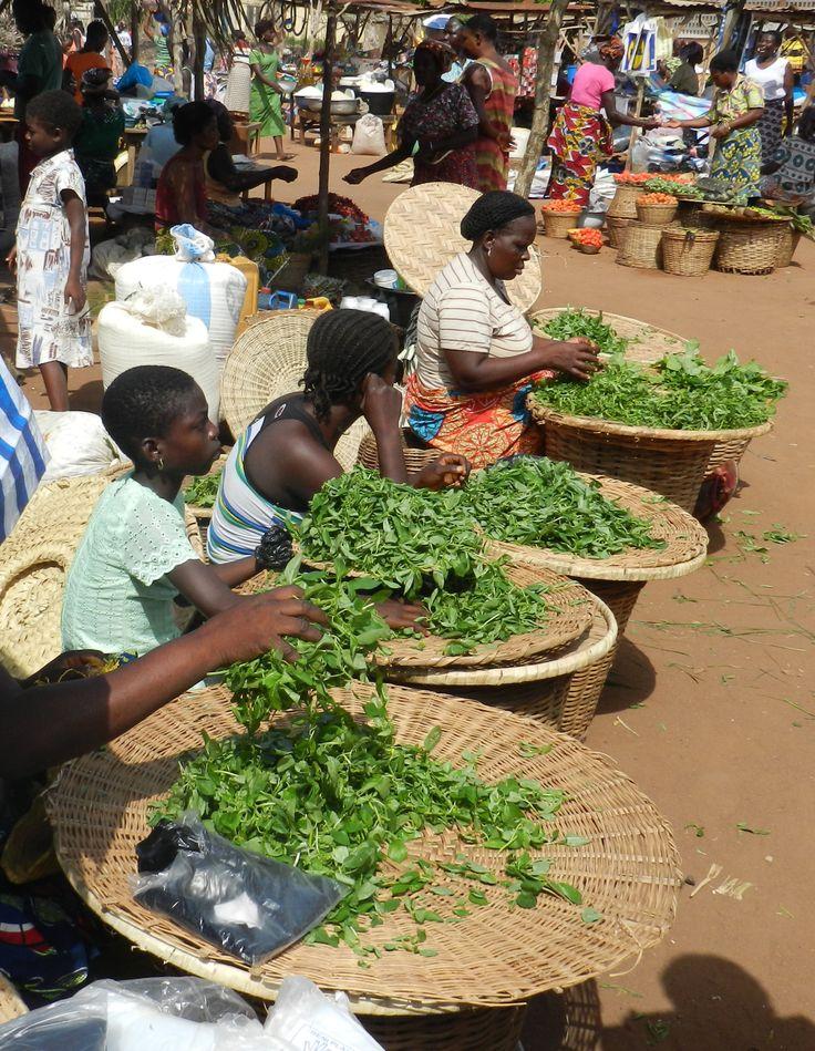 Il mercoledì a Togoville è giorno di mercato