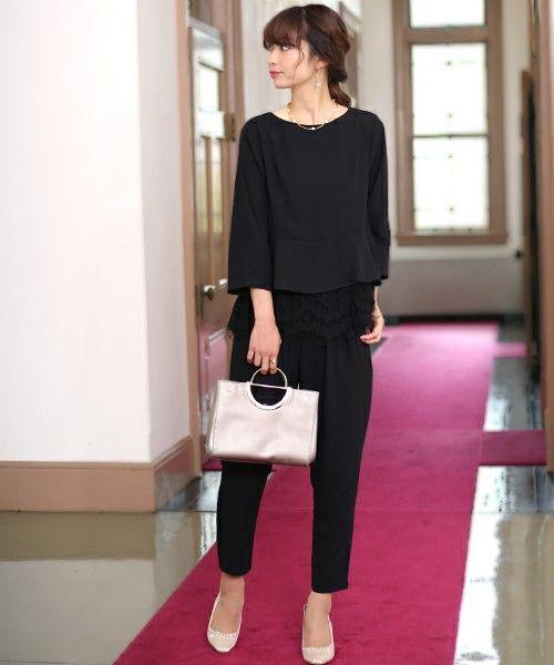 【ZOZOTOWN】Bab Bou Jeloud(バブ ブージュルード)のドレス「【WEB限定】◇結婚式・セットアップ◇レースレイヤード」(774967)を購入できます。