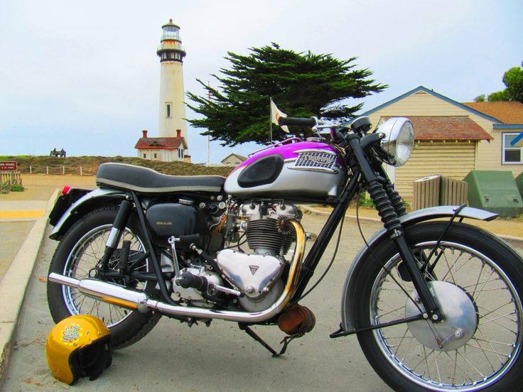 "A ""modern"" pre-unit Triumph at Pigeon Point Lighthouse"