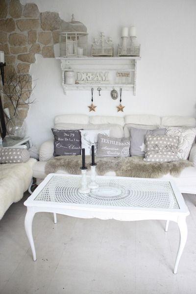 Shabby Chic Chippendale Couch Tisch von Qunst & Qrempel auf DaWanda.com
