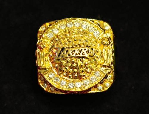 NBA 2010 Championship Ring LA LAKERS KOBE BRYANT Great Gift This is Souvenir Replica items. It's the best gift for NBA fans who love Kobe Bryant ,who love Los Angeles Lakers, more Love NBA!!!
