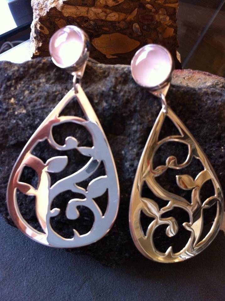 Aros calado plata 950 y engaste piedra natural cuarzo rosa