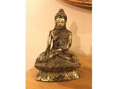 Træ Buddha, I træ med