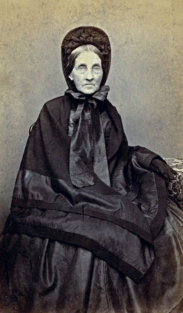744 Best Images About Mourning Dress 19th Century On