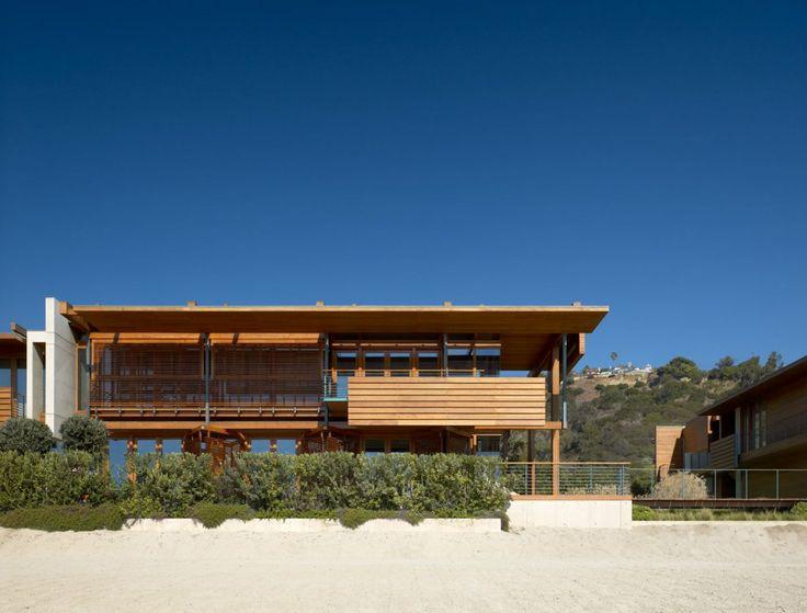 Richard Meier - Malibu Beach HouseBeach Houses, Malibu Beach, White Beach House, Mad Men, Partner Architects, Malibu California, Architectrichard Meier, Beachhouse, United States
