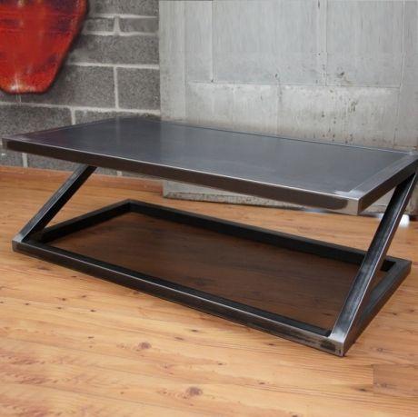 Faites entrer l'esprit industriel et loft dans votre salon avec cette table…