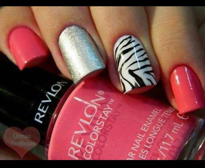 Multi diseños en uñas