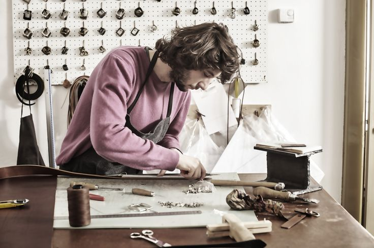 Tommaso, artigiano di El Mato al lavoro!!